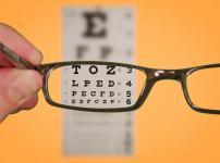 sconto per occhiali usati da donare